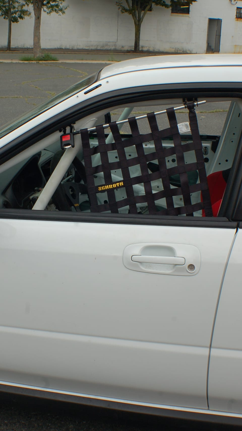 passenger-side-x-brace-rollcage-window-safety-net-on-driver-side
